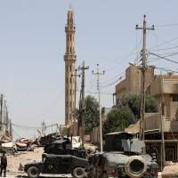 Fight to retake Islamic State-held pockets of Mosul proves slow, deadly slog