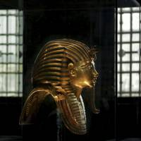 Experts meet in Egypt to discuss moving King Tutankhamun's gold mask and other artifacts