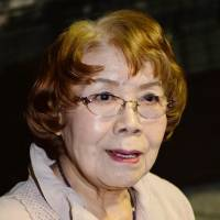 Yoshie Oka, first to report Hiroshima A-bomb devastation, dies of lymphoma at 86