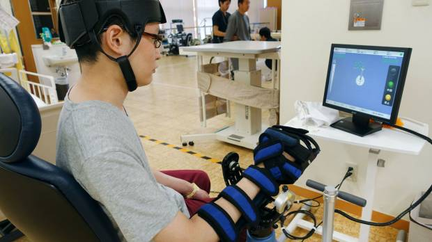 Manufacturers bet on bright future for rehab robot market