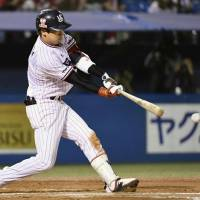 Yamada, Takai ignite 15-hit parade as Swallows crush Carp