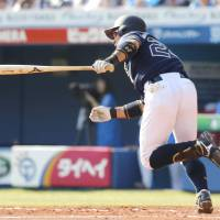 Buffaloes pinch hitter Yuki Miyazaki hits a go-ahead infield single in the seventh inning on Sunday against the Marines at Zozo Marine Stadium. Orix defeated Chiba Lotte 2-1. | KYODO