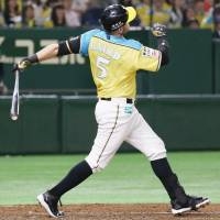 Brandon Laird homers in the third inning. | KYODO