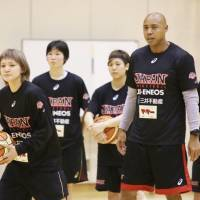 Corey Gaines has returned to the Japan national women's basketball team as a guest advisory coach having performed the same role ahead of last year's Rio Olympics. | Kaz Nagatsuka