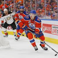 Oilers explode for seven goals to force Game 7