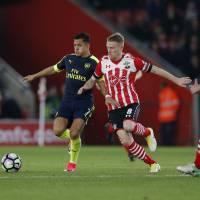 Arsenal triumphs over Southampton, improves Champions League qualification chances