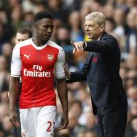 Wenger admits his uncertain status has affected Arsenal