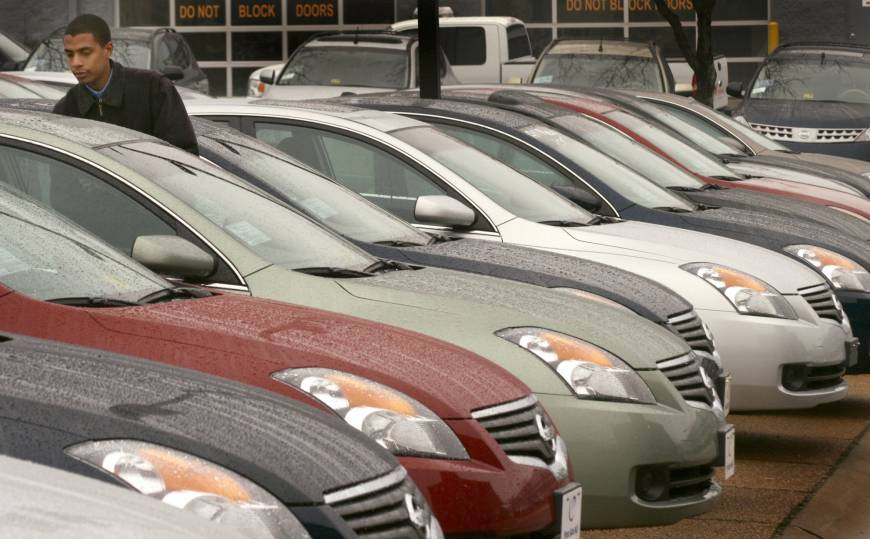 Nissan expands sales to rental companies, but analysts ...
