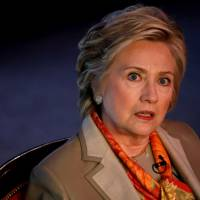Clinton slams apparent Trump camp-Russia collusion against her before election