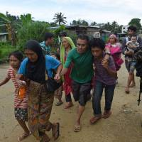 Civilians able to flee Marawi find safety, recount horrors as siege continues