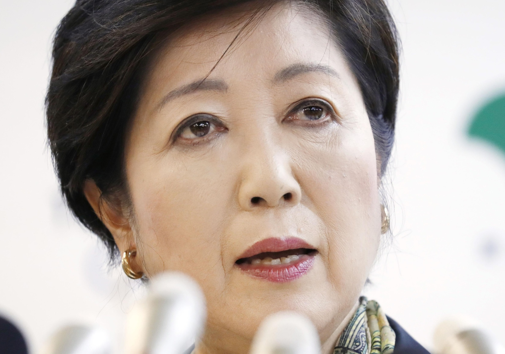 Fishery businesses voice concern over the future of the Tsukiji market, saying the redevelopment plan announced by Tokyo Gov. Yuriko Koike Tuesday is unclear.   KYODO