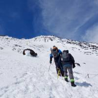 The final push: Walking from station 9.5 to the summit. | OSCAR BOYD