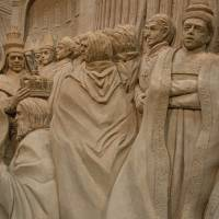 Sands of time: The coronation of Charlemagne brilliantly depicted at the Sand Museum in Tottori Prefecture. | STEPHEN MANSFIELD