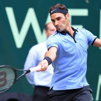 Federer beats Khachanov to reach 11th Halle final
