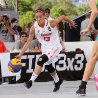 Japan's Yui Hanada dribbles during Monday's game against Australia in the FIBA 3x3 World Cup in Nantes, France. | KYODO
