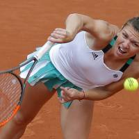 Halep makes quick work of Kasatkina to book spot in fourth round