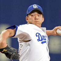 Dragons youngster Ogasawara handcuffs Eagles for five innings