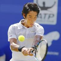 Yuichi Sugita competes against Marcos Baghdatis in the Antalya Open semifinals in Turkey on Friday. | GETTY / VIA KYODO