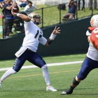 Seagulls quarterback Woolsey working to help team return to glory