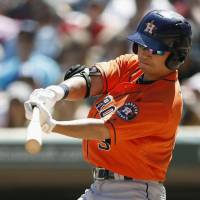 Astros slug six home runs in rout of Twins