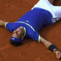 Nadal routs Wawrinka to capture record 10th title at French Open