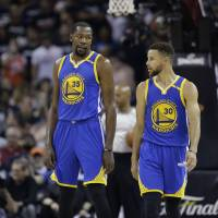 Stars want to keep Warriors together
