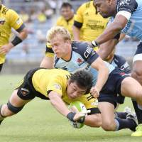 Waratahs capitalize on Suntory's missed opportunity
