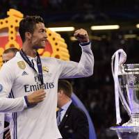 Madrid becomes first club to retain Champions League title