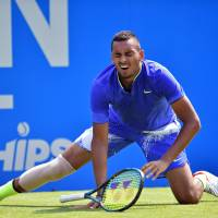 Kyrgios injures hip in fall, forced out of Queen's Club