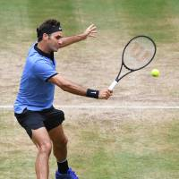 Federer targeting record Wimbledon triumph