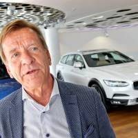 Volvo set to be first automaker to ditch cars powered solely by gas