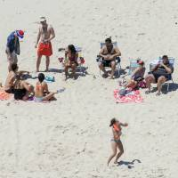 Christie feels the heat after hanging at beach he closed amid state government shutdown
