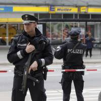 Known knife-wielding Islamist kills one, injures six in Germany
