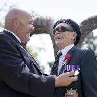 Compatriot replaces medals lost by blind D-Day vet, 96, during battlefield pilgrimage