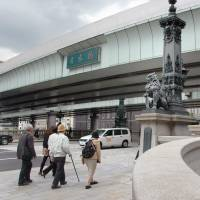 Toyosu may open in spring but toxic water to stay; Nihonbashi expressway to go underground: Koike