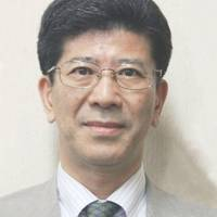 Senior Finance Ministry official who defended government in Moritomo scandal given promotion