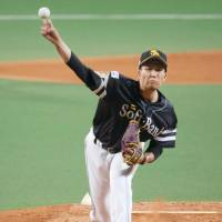 Hawks hurler Kodai Senga started for the Pacific League. | KYODO