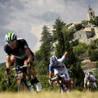 Froome remains in control heading into last two stages