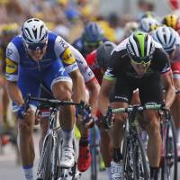 Kittel notches 2nd straight stage win in photo finish