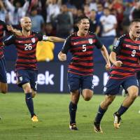 Morris lifts U.S. past Jamaica in Gold Cup final