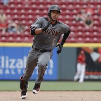Arizona's Lamb slugs pair of three-run homers in rout of Reds