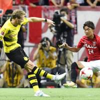 New Dortmund manager Bosz pleased with victory over Urawa