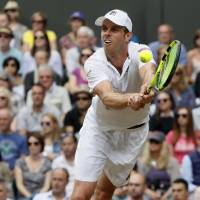 Querrey eliminates No. 1 Murray in quarterfinals; Djokovic pulls out with elbow injury