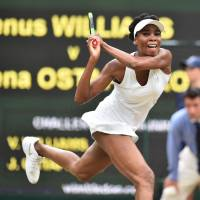 Past, not crowd, favors Williams against Konta at Wimbledon