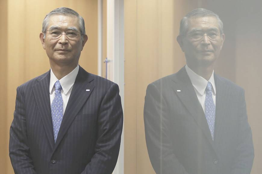 Hitachi Zosen President Takashi Tanisho said the company can offer solid-state lithium-ion batteries that are on par with the liquid type in performance. | BLOOMBERG
