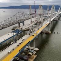 Cuomo's $4 billion Tappan Zee project nears finish with first span's opening