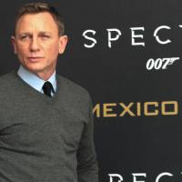 007 lives another day: Daniel Craig tells Colbert he'll be back as Bond