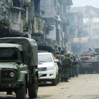 After 100 days, Philippine army says 'last stand' near for Marawi fighters