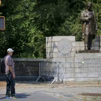 Central Park statue of 19th-century doctor who experimented on slave women urged removed
