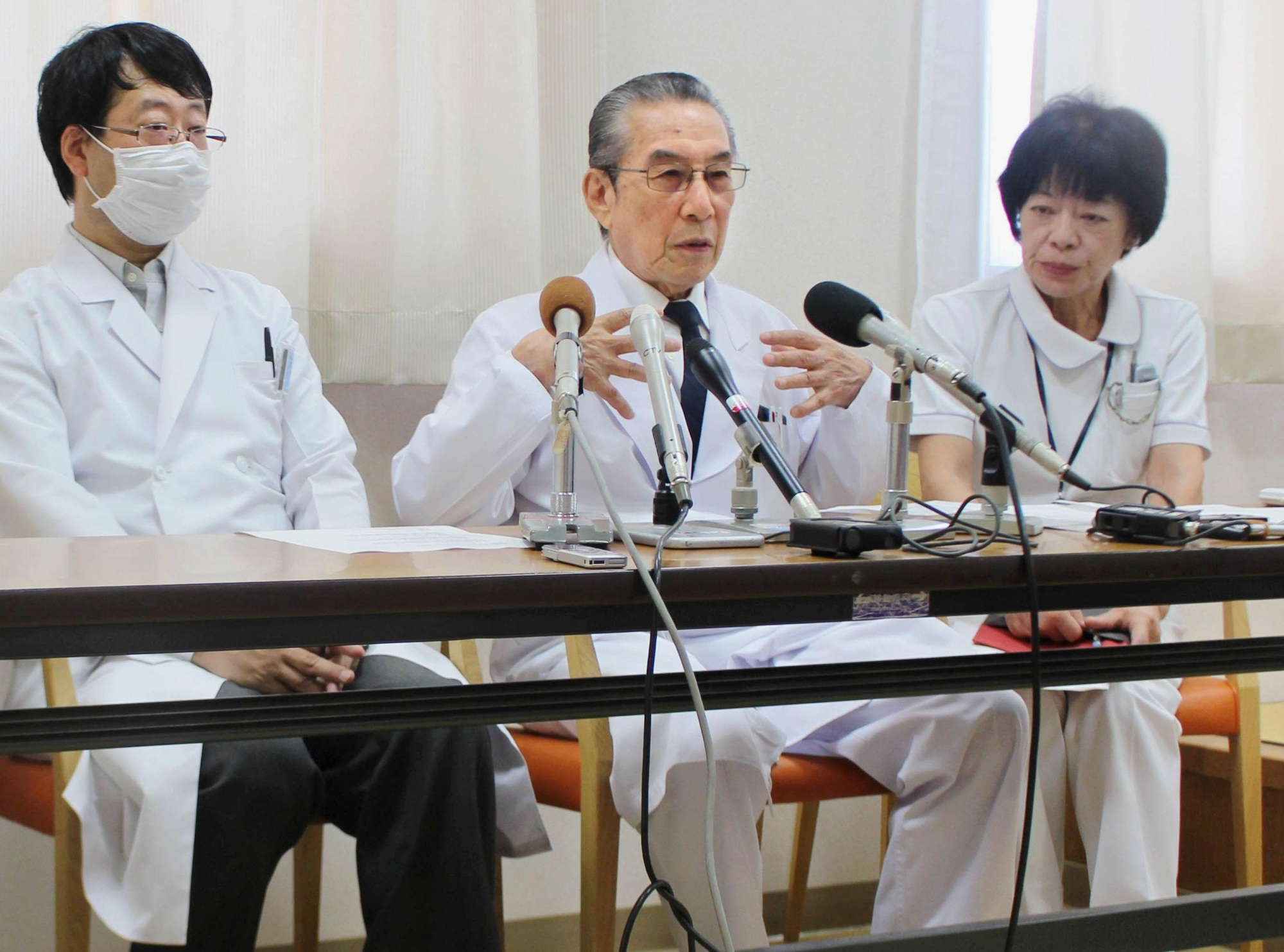 Kenichi Orishige, head of medical corporation Doujinkai, which runs the Soleil nursing home, in Takayama, Gifu Prefecture, speaks at a news conference on Friday.   KYODO
